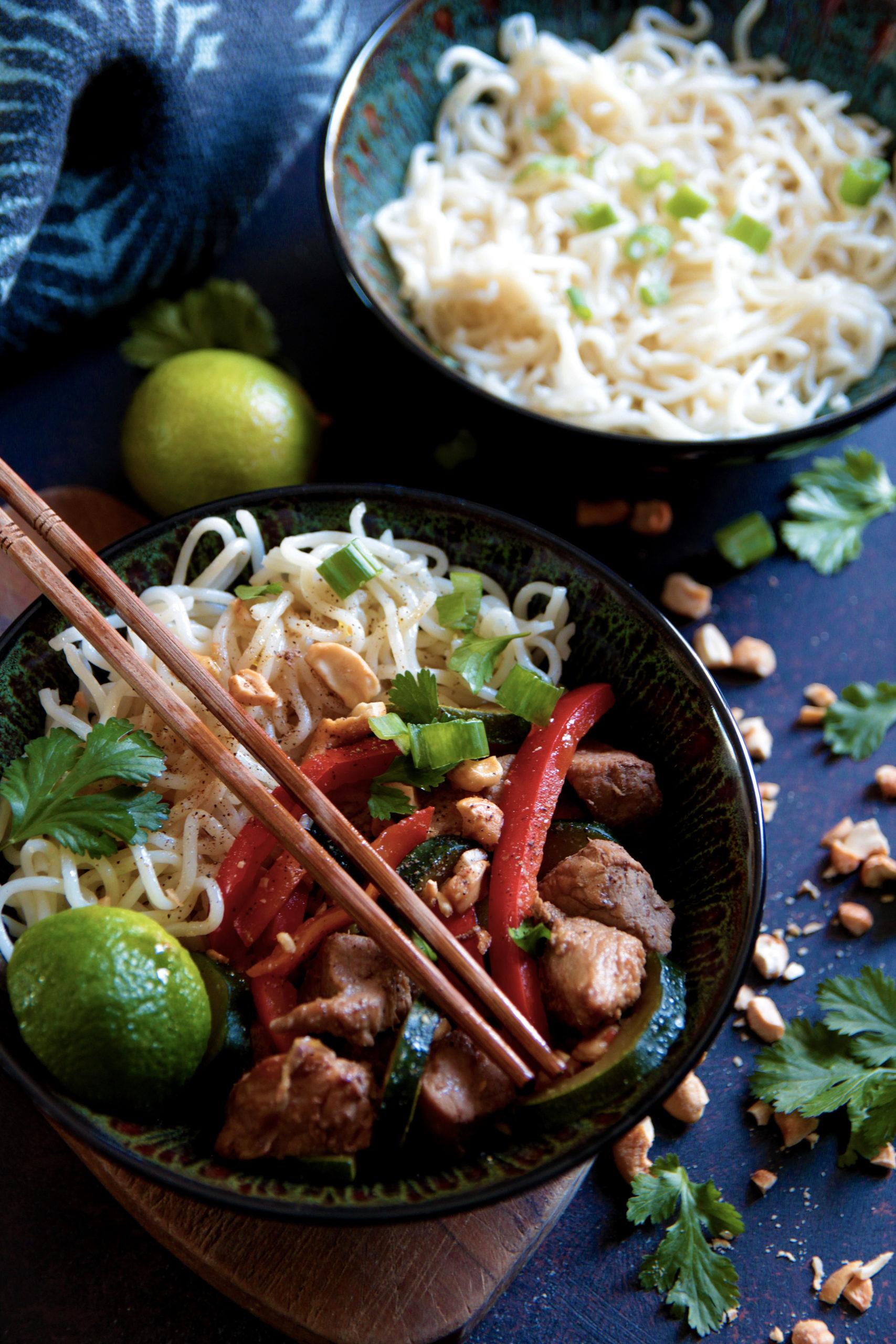 Voyage en Asie avec ce sauté de porc à l'asiatique